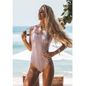 Cupshe Follow My Heart Stripe Onepiece Swimsuit